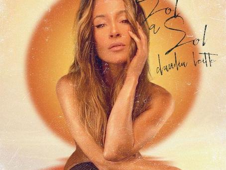 """Claudia Leitte divulga capa do EP """"Sol a Sol""""; álbum chega às plataformas dia 10"""