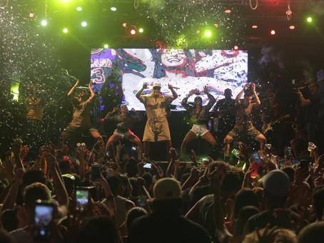 Psirico encerra ensaio de verão em clima de carnaval