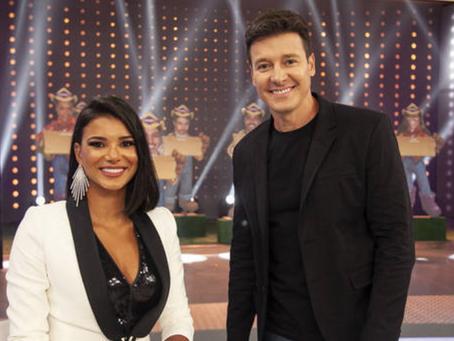 Na Hora do Faro, Jakelyne revela que foi mais feliz com Mariano do que com Henri Castelli; vídeo