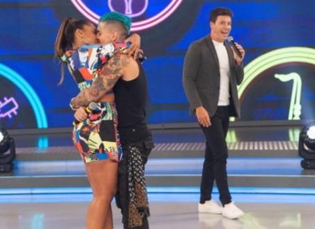 """Tays Reis relança carreira na Record e clipe com Biel ultrapassa 1MI de views; assista """"Artigo 157"""""""