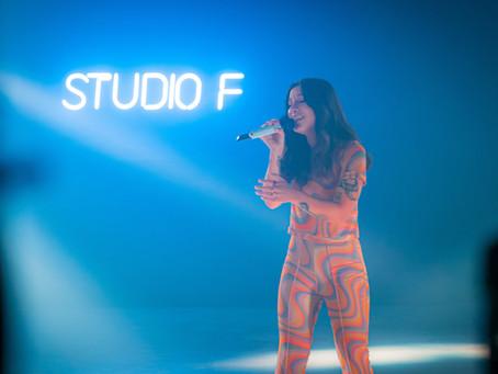 """Priscilla Alcantara disponibiliza versão acústica de """"Boyzinho"""""""