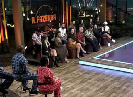 Em noite de barraco ao vivo, A Fazenda bate recorde de audiência e coloca Record na frente da Globo