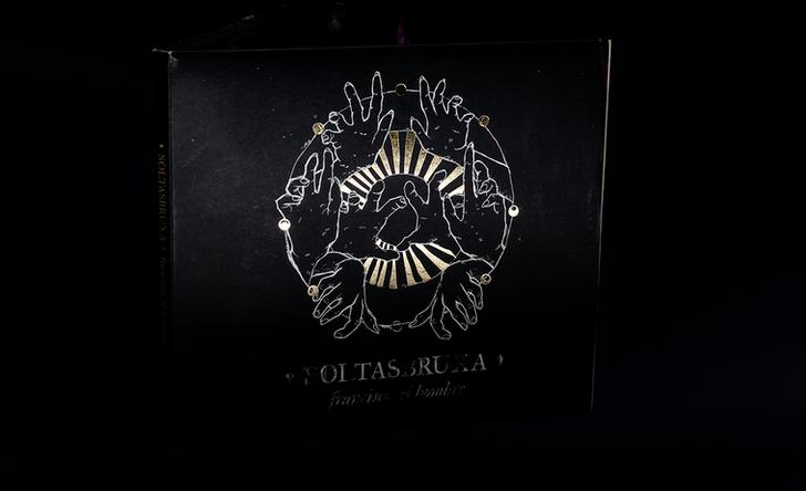 Capa : SOLTASBRUXA : CD físico