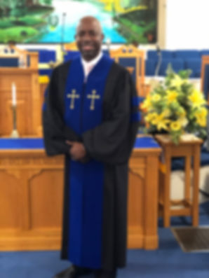 Pastor McFarlan1 2020.jpeg