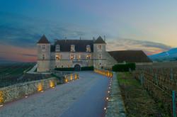 Chateau_du_Clos_de_Vougeot_-_Beaune_Tour