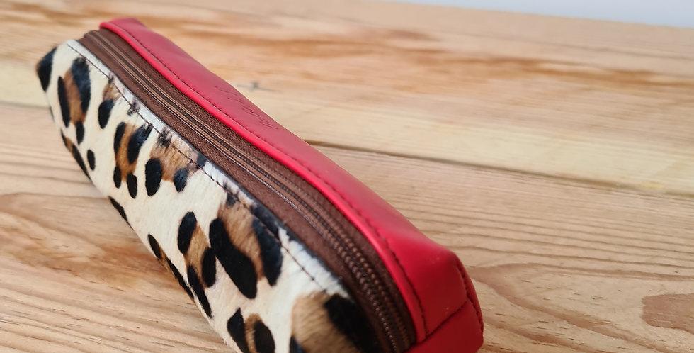trousse rouge/leopard