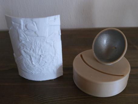 LithophanieBild kann zum Sockel immer ausgetauscht werden. Bild einzeln kostet 8 €, der Sockel (inkl. Batterien) einzeln 20 €.