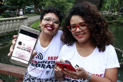 Membros da Rede Nacional de Ciberativistas Negras