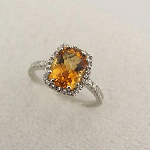2. 18 ct Citrine Diamond Ring