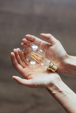 科技燈泡.jpg