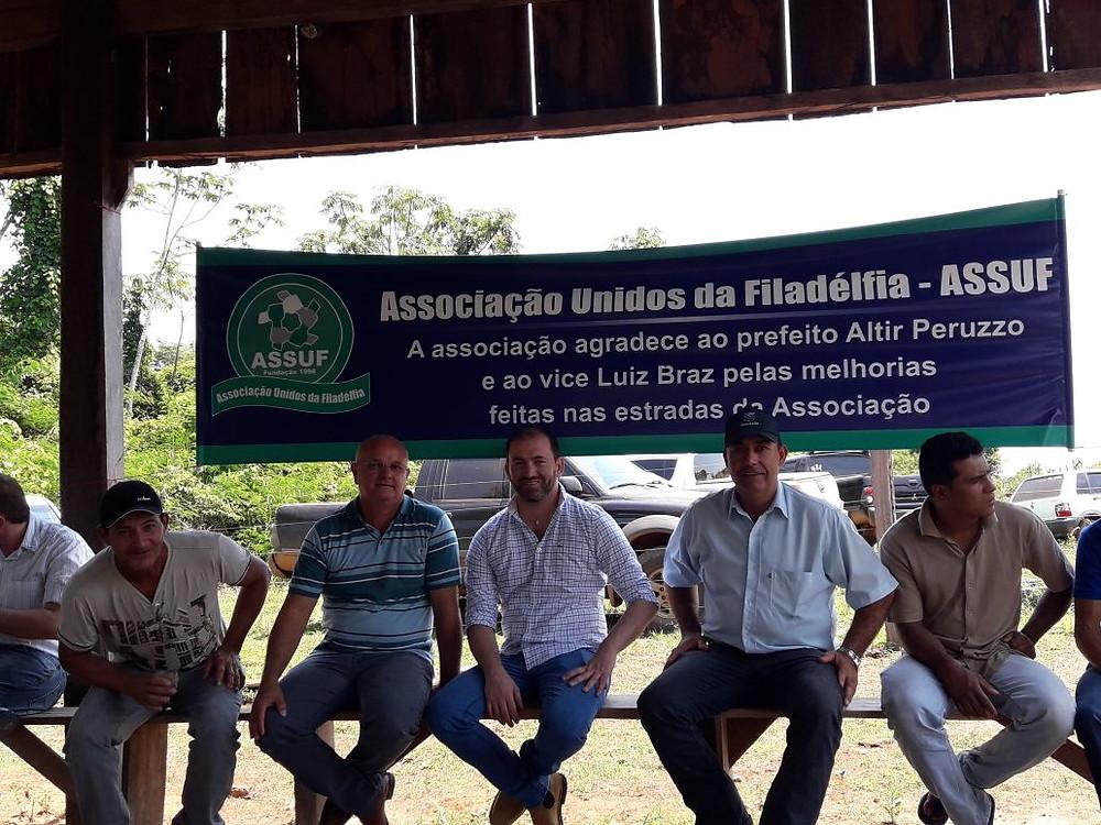 Vice Prefeito Luis Braz Junto a membros da associação da Filad´lfia