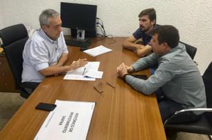 Prefeito Baxinho Piovesan se Reúne com Secretário da SINFRA para Tratar da Pavimentação da MT 220