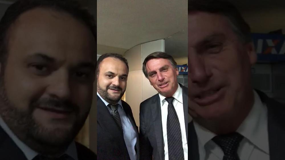 Dr. Emilio Pópulo junto ao pré candidato Bolsonaro
