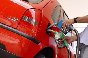 Qual o risco de colocar etanol em um carro movido a gasolina?