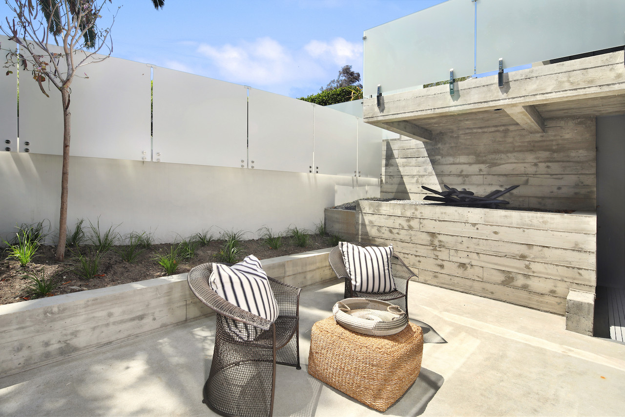 Private patio off family room.