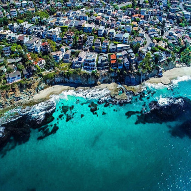 LAGUNA BEACH NEIGHBORHOODS