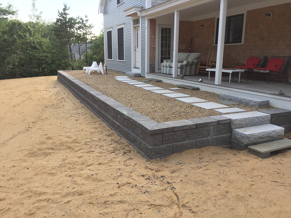 Allen Block Retaining Wall and Granite Steppers