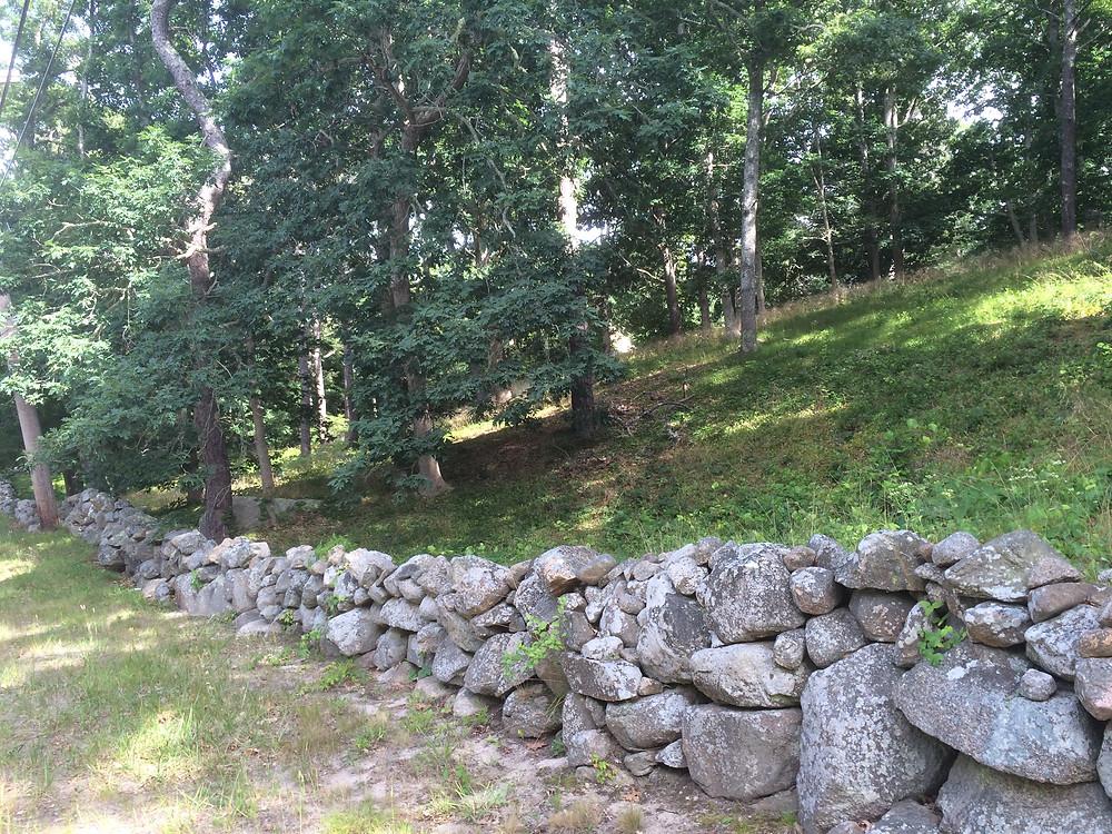 Weathered Fieldstone Stone Walls.  Cape Cod Stoneworks.
