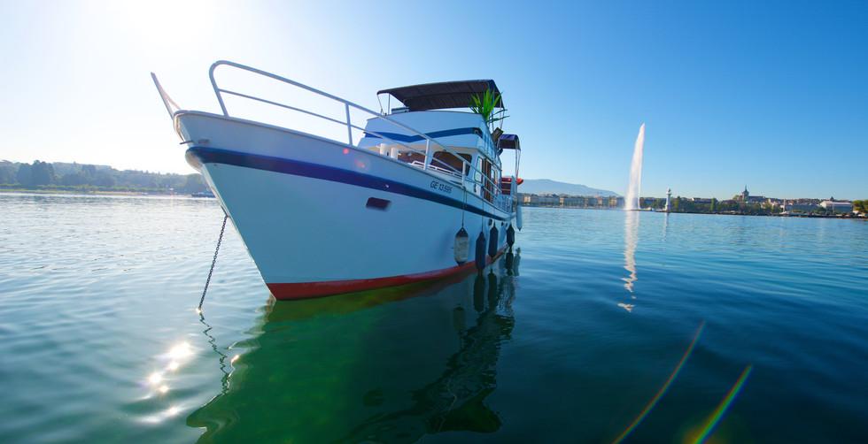 Homeboat bateau hotel