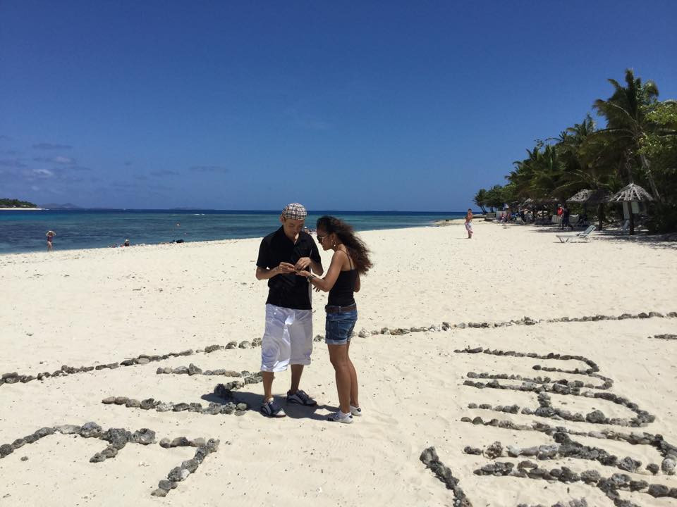 love proposal propose fiji will you marry me heart beach vacation surprise anniversary valentines day engaged engagement couple pop the question
