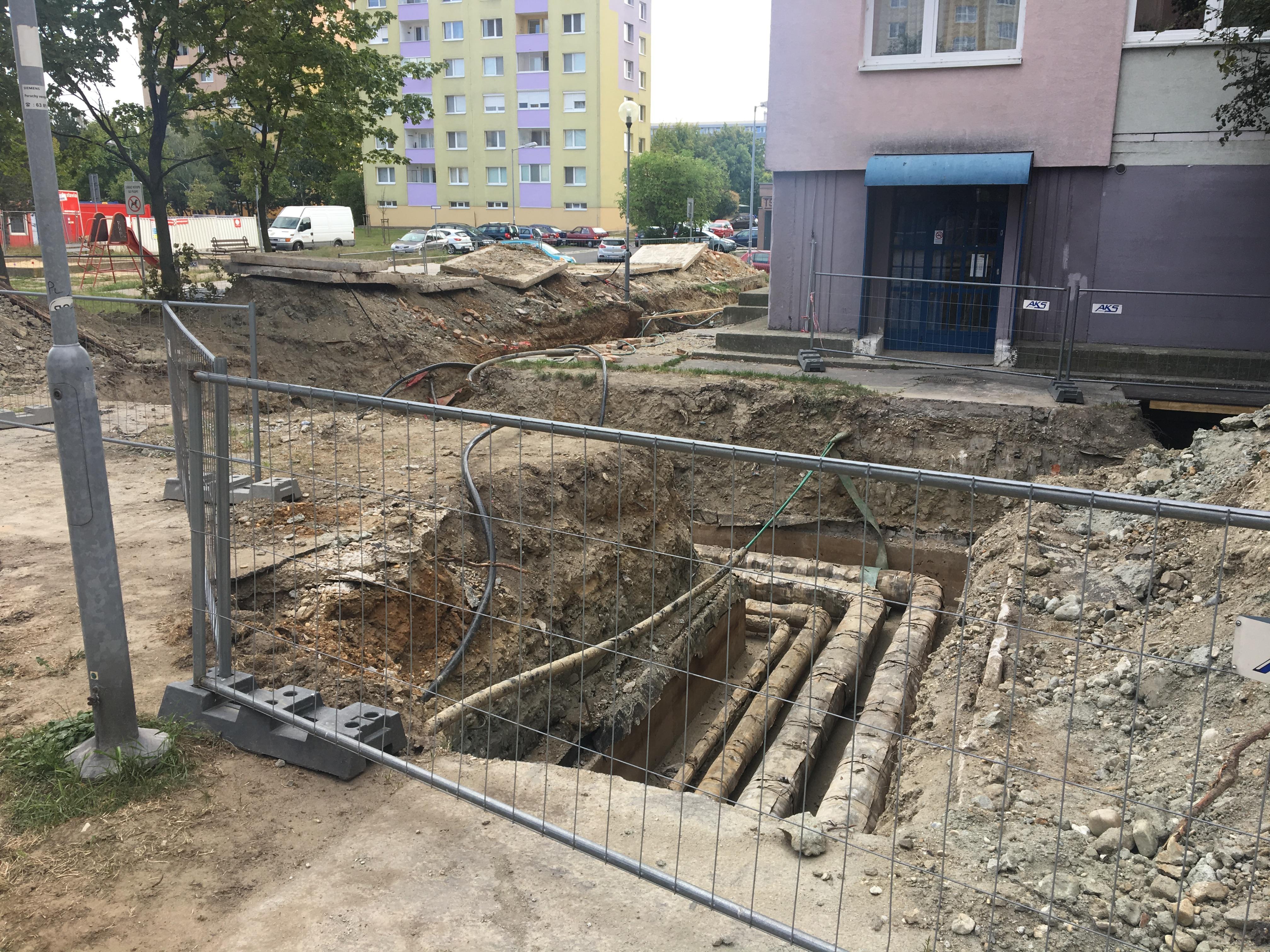 Výkopové práce a výmena potrubia