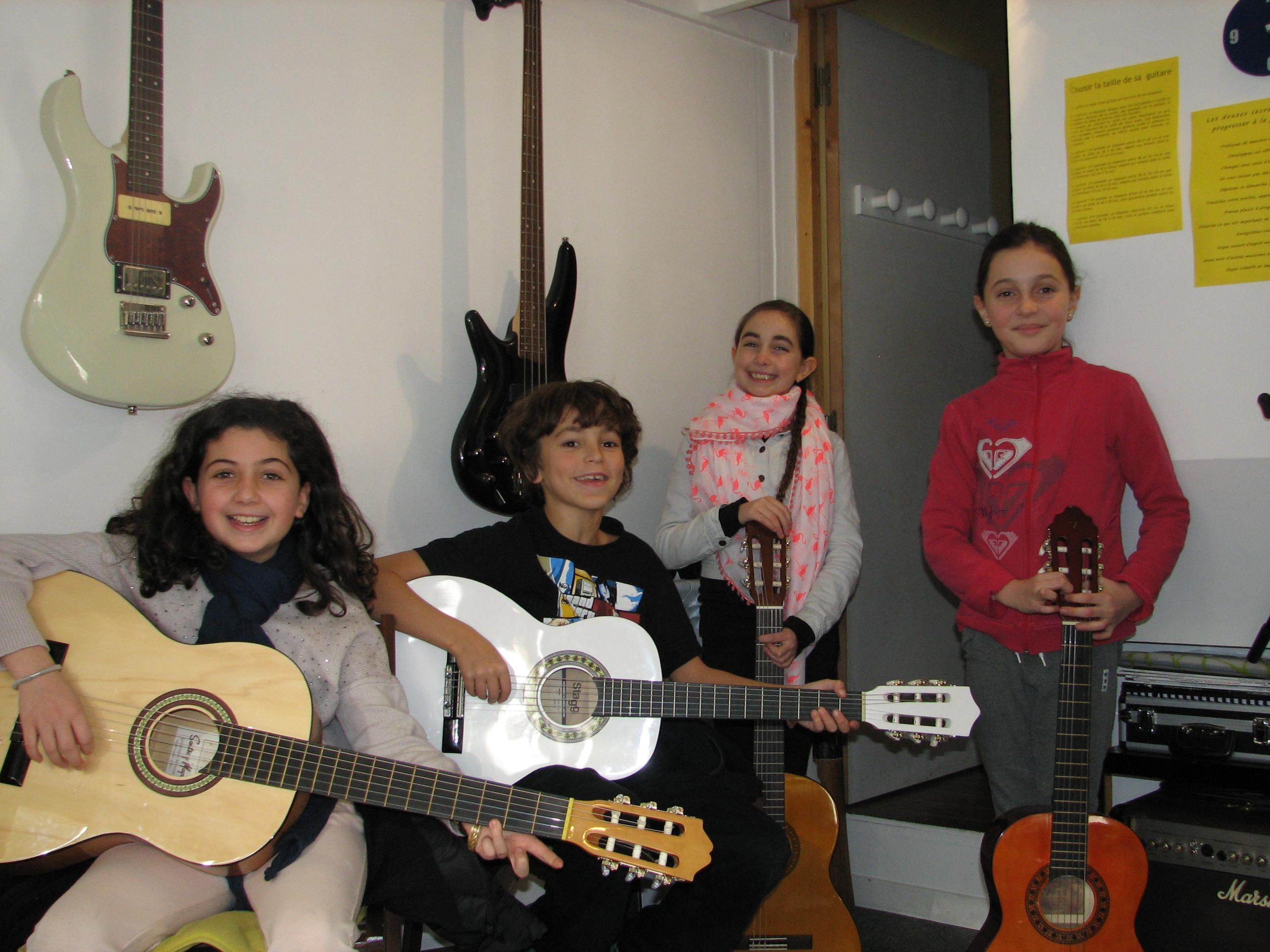 Axelle, Nino, Ainoha et Carla.