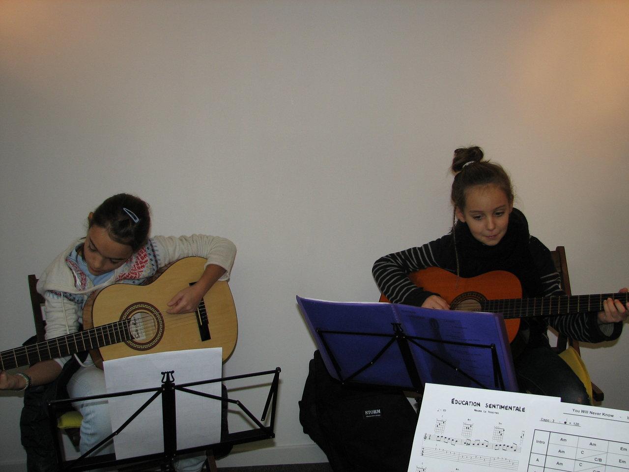 Louise et Yael.