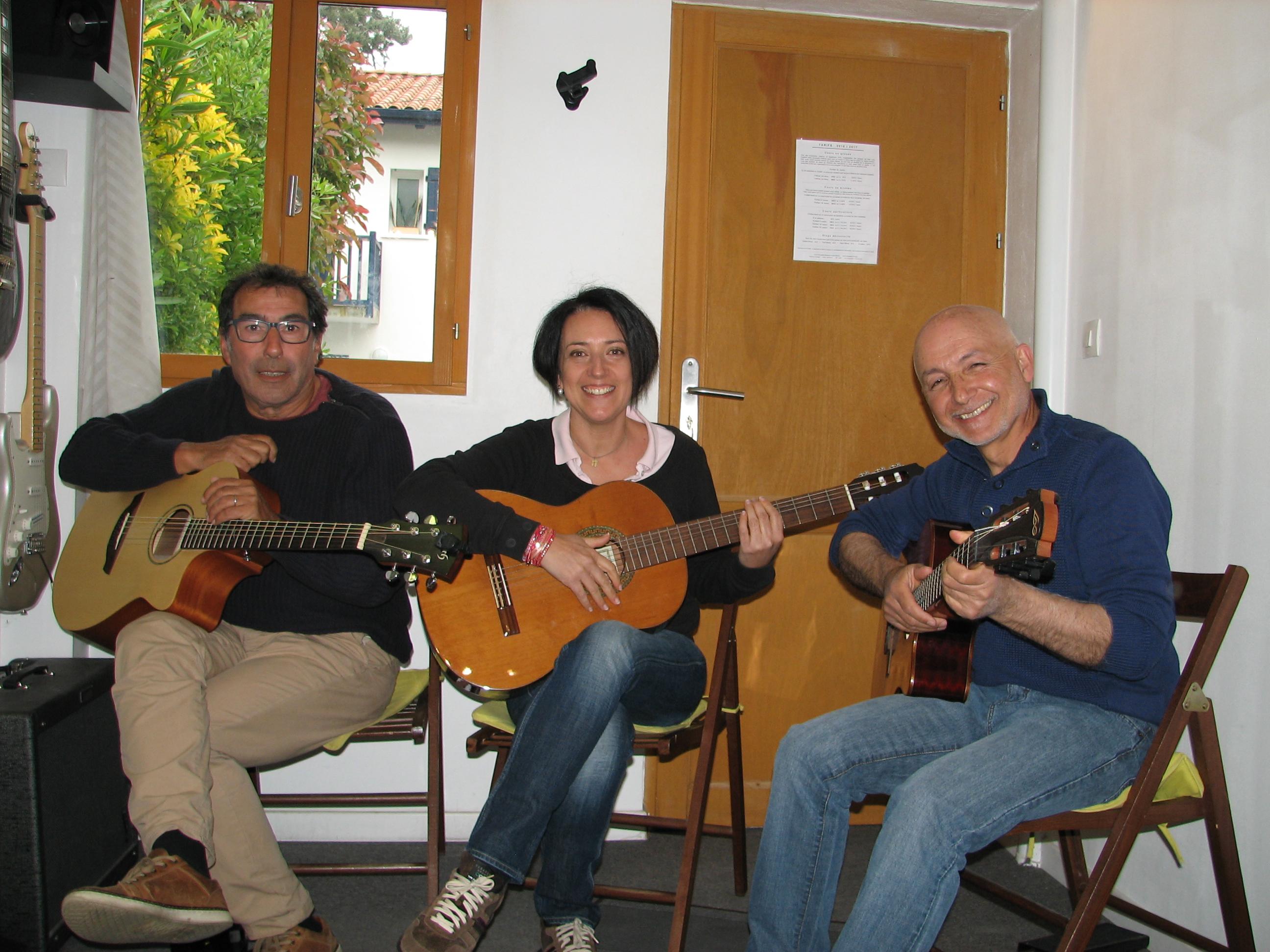 Aadel, Stéphanie et Albi.