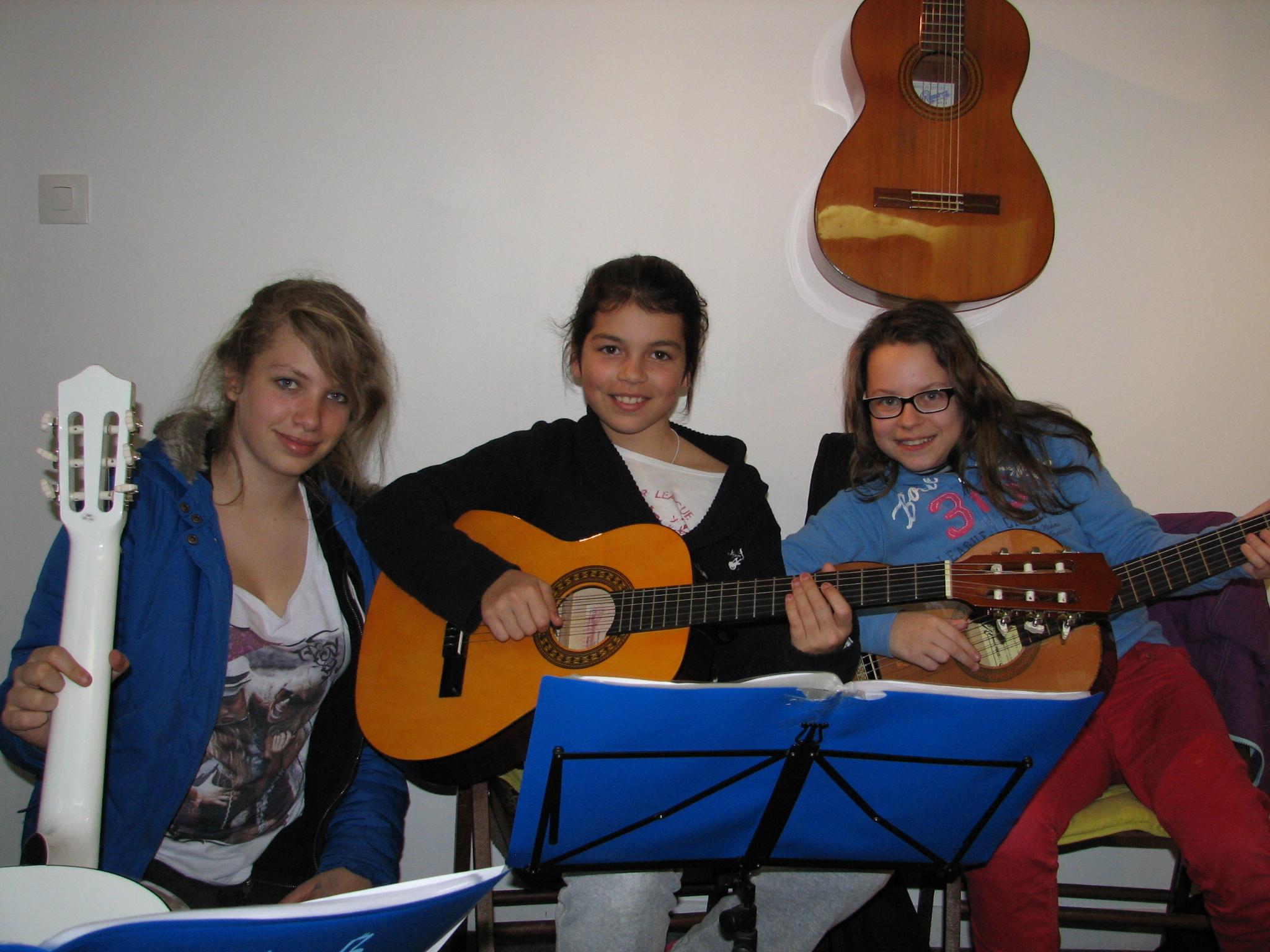 Élisa, Julia et Éléa