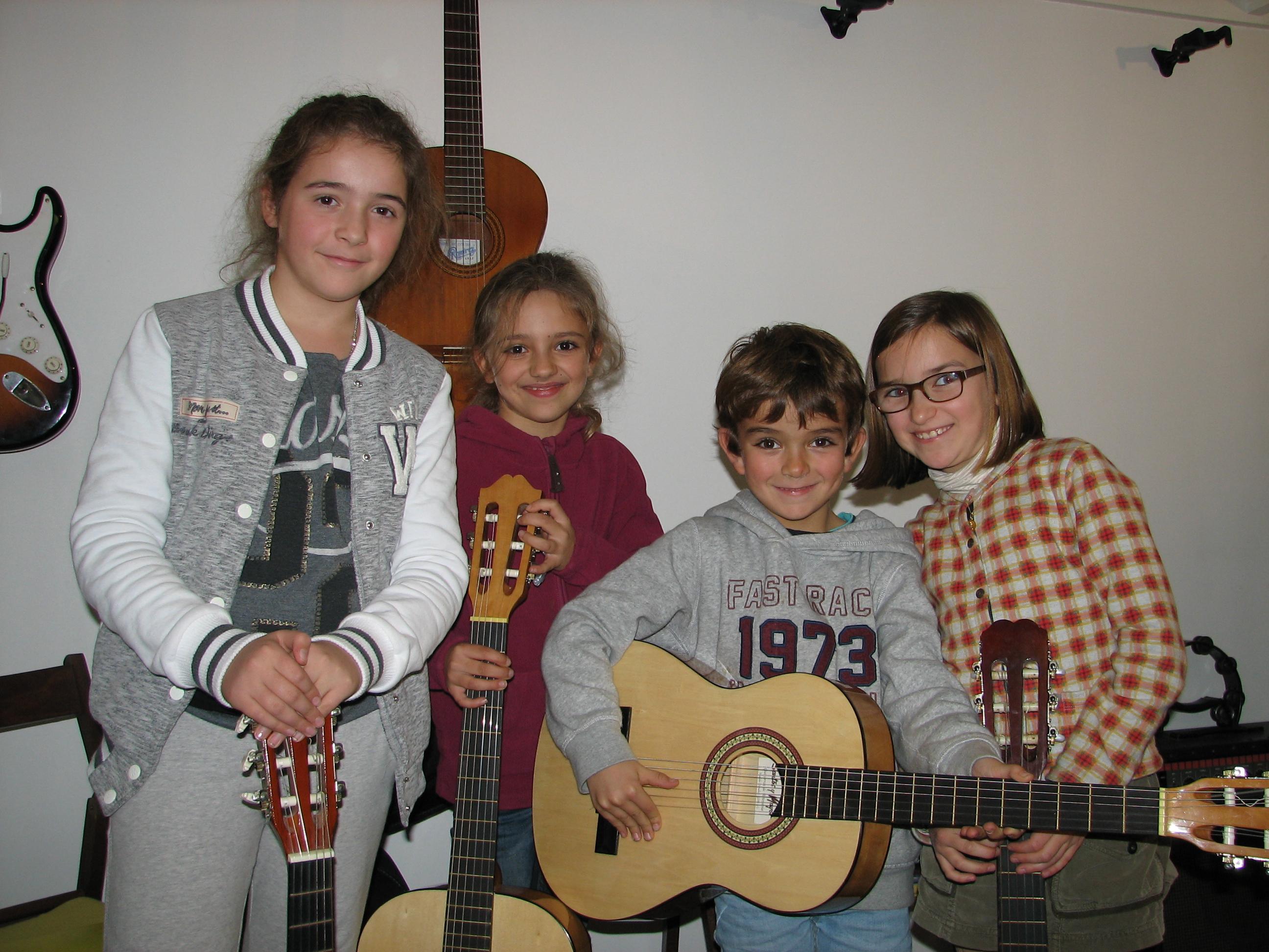Lucile, Asia, Bruno et Clara.