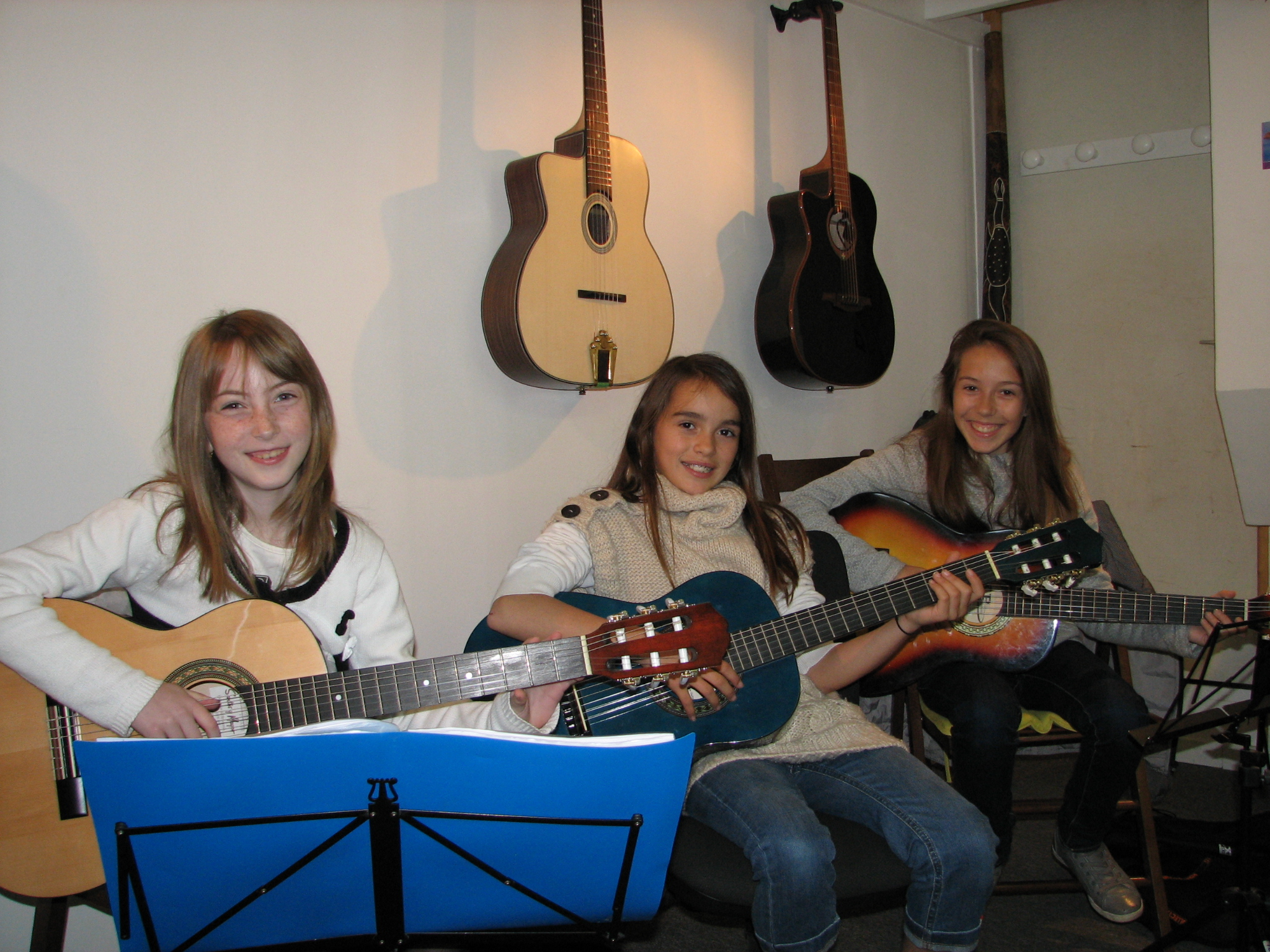 Lucie, Camille et Charlotte