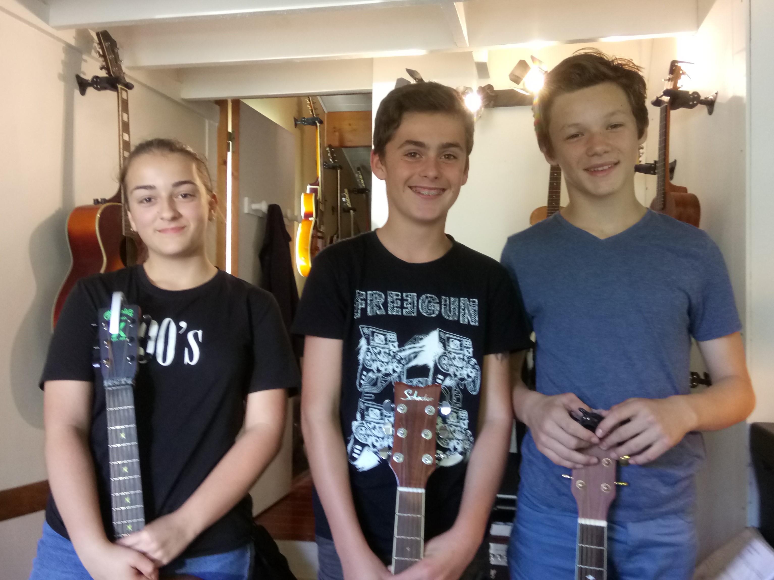Lou, Iban et Txema