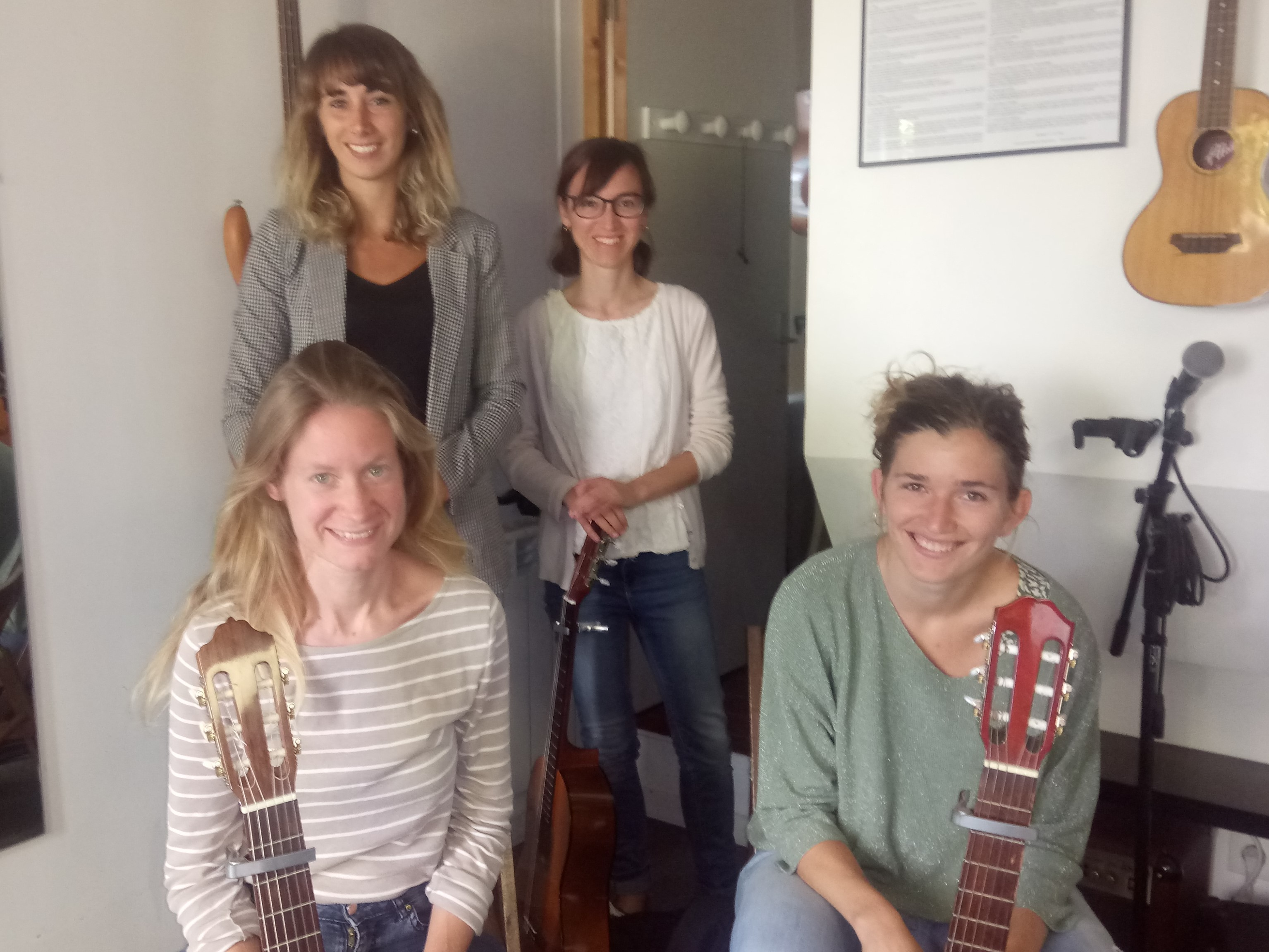 Eva, Jeanne, Julie et Laure