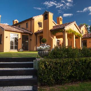MURICATA HOUSE