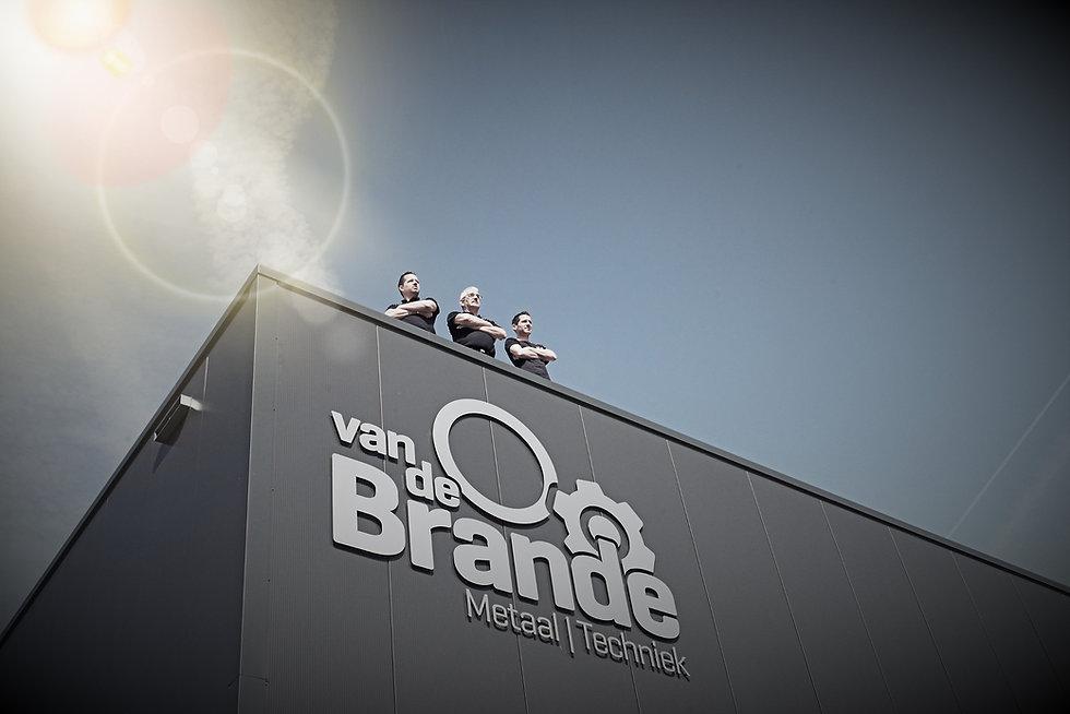 Van_de_Brande_Toon_Robin_Nicky_2_%C3%A2%C2%94%C2%82_versIDvcvx_edited.jpg