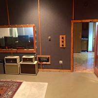 Live Room/Sound Lock