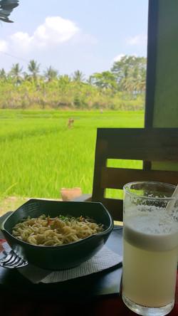 Lunch at Warung Happy
