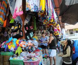 Shopping in Sukawati Market