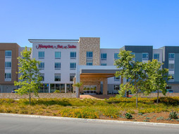 Sudberry Properties Announces Opening of Hampton Inn & Suites by Hilton at Breakwater Town Center