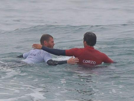 Jhony Corzo no encuentra la ola perfecta
