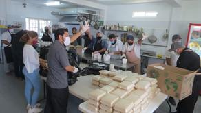 Continúan Chefs Anónimos Llevando Alimentos a las Familias Vulnerables