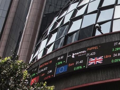 Peso cae 2.54% frente al dólar; BMV a la baja en los 38 mil puntos