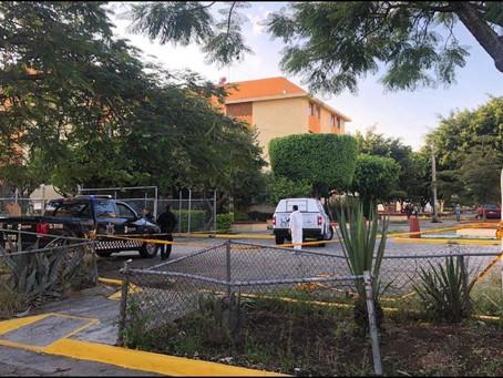 Localizan los cuerpos de dos mujeres envueltos en cobijas en El Sauz