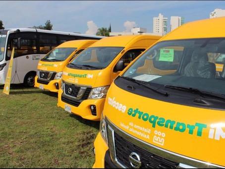 Entregan unidades de transporte escolar en comunidades de Jalisco