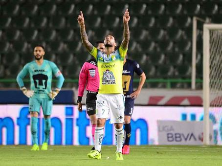 León sale triunfal del duelo de fieras ante Pumas