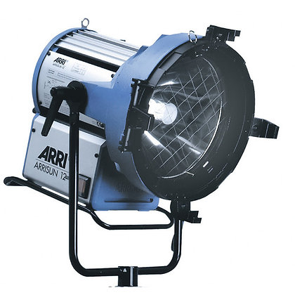 Arri Arrisun 12 Plus HMI PAR Light Kit (90-250VAC)