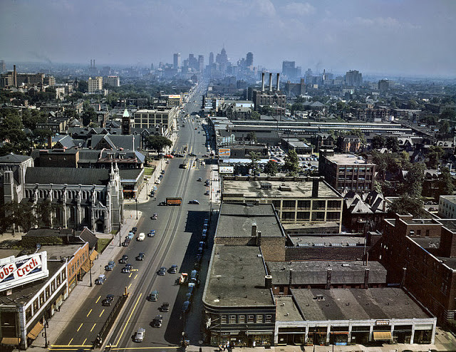 Woodward Avenue, Detroit, 1942