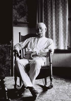 Wyatt Earp at age 75