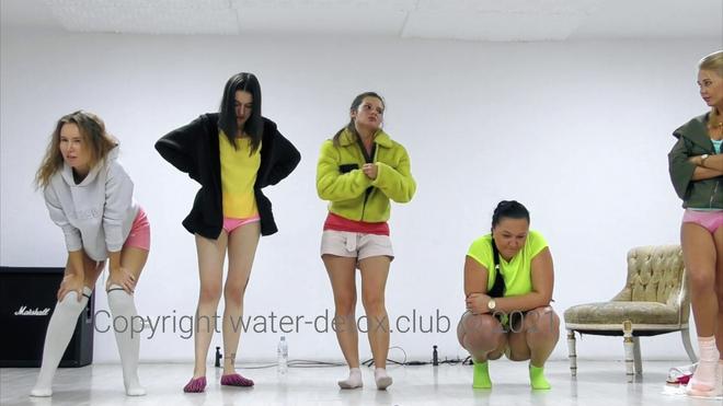 5 Girls Contest