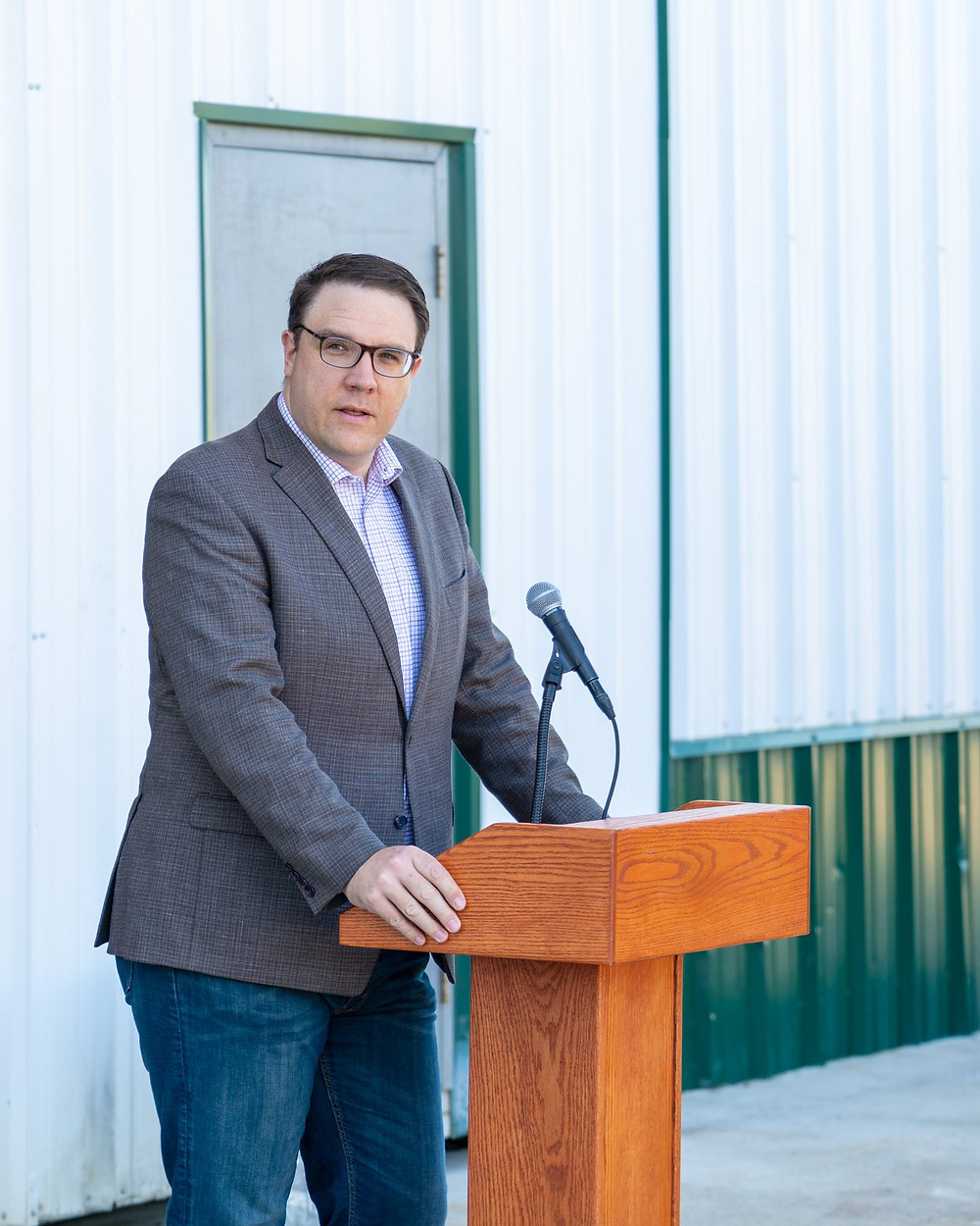 Minister of Environment and Parks Jason Nixon at Clear Rush Co.